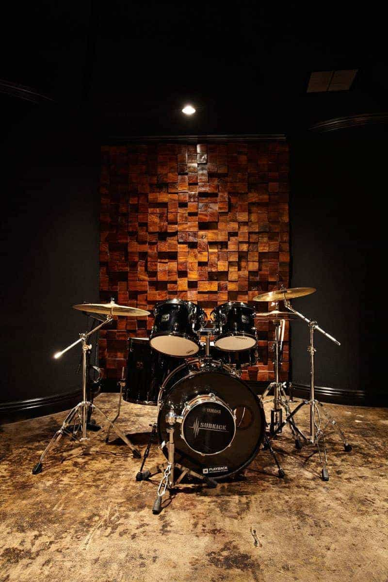 10 design ideas for recording studio builders in india aural exchange professional acoustic. Black Bedroom Furniture Sets. Home Design Ideas