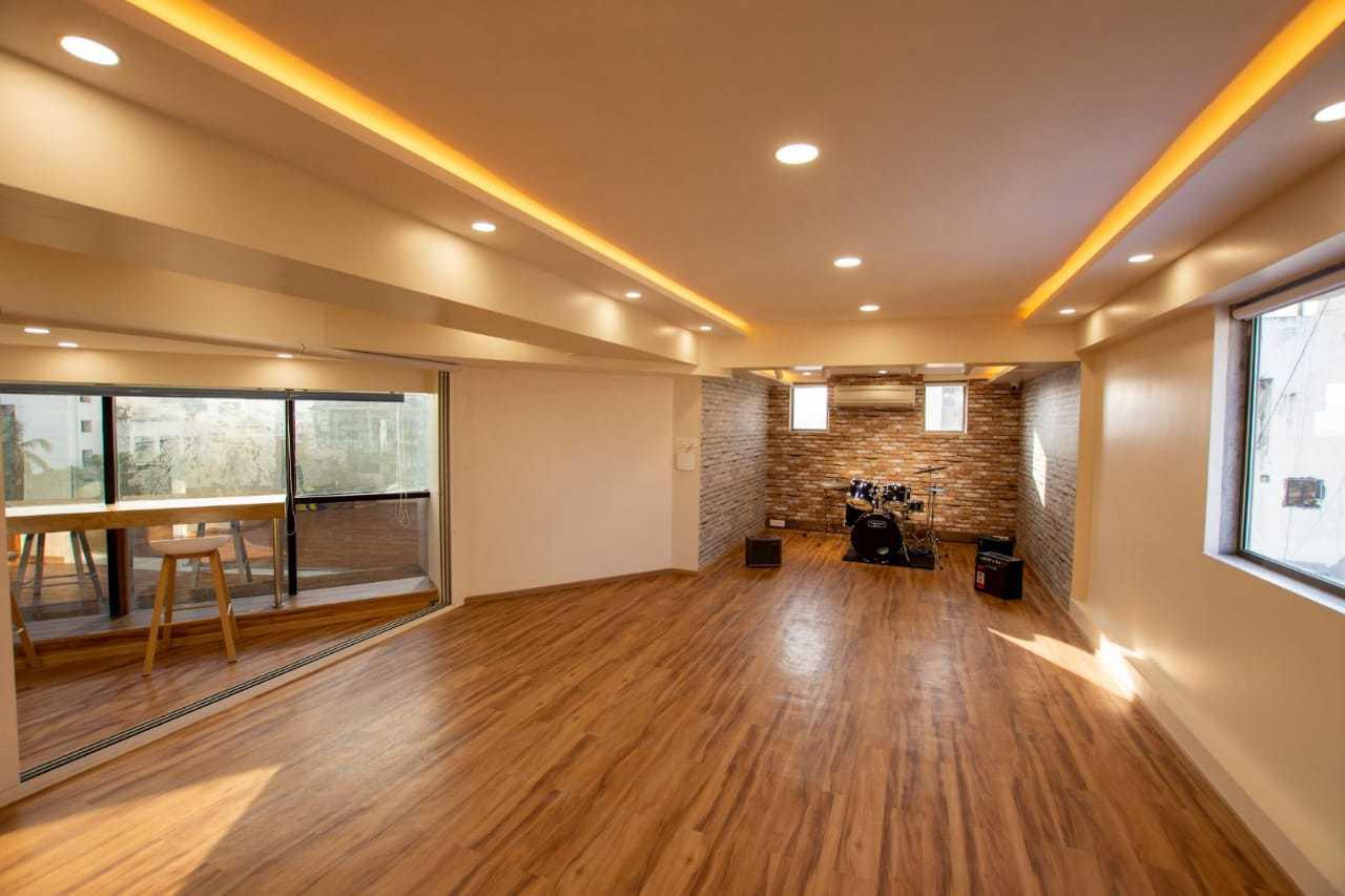 bay-owl-studios1