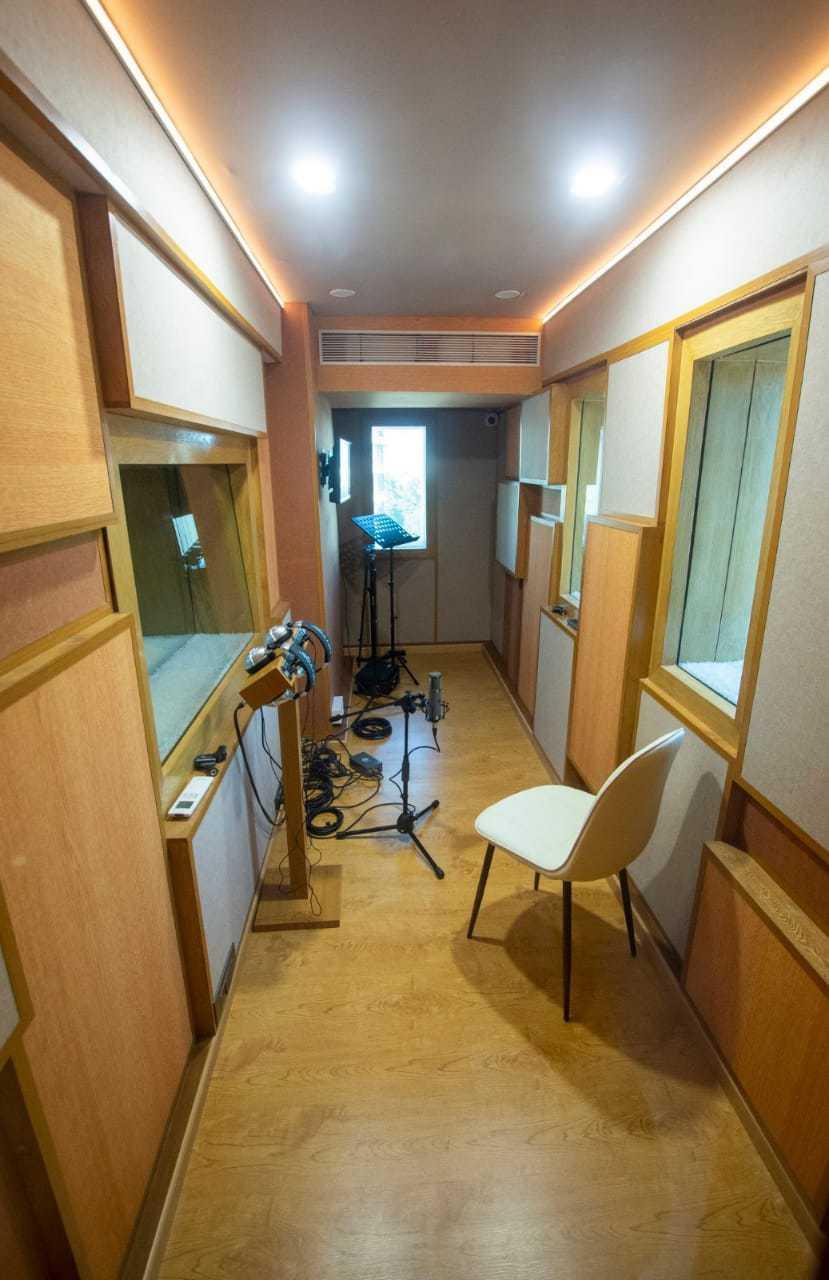 bay-owl-studios4
