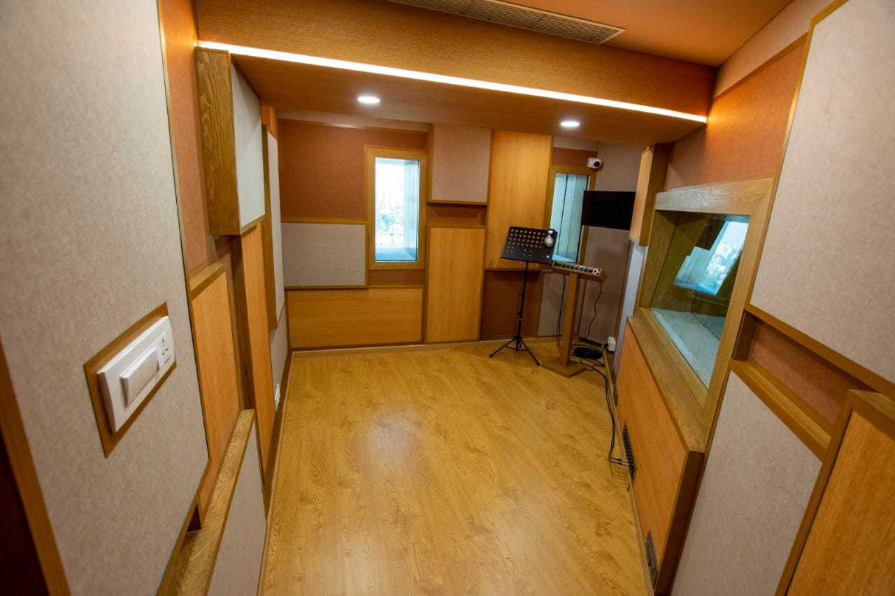 bay-owl-studios7